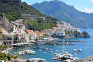 Transfer Naples airport to Amalfi Coast